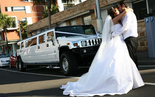 hummer-wedding-limo